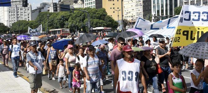 OMC y caos piquetero en la Argentina esquizofrénica